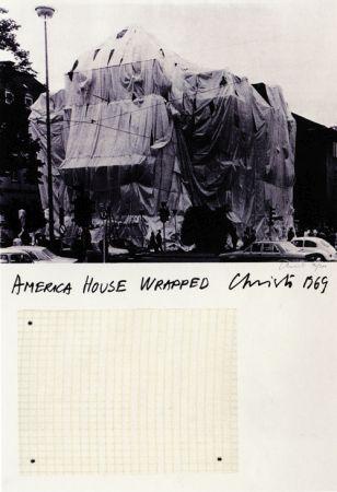 Christo_AmericaHousewrapped_1969
